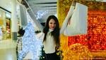 Češi utratí za vánoční dárky přes 12 miliard korun. Za celý rok více než 161 miliard