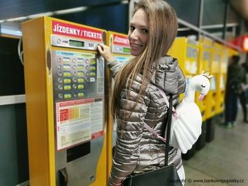 Číslo týdne: 5,6 miliardy korun stát vydal na jízdenky pro studenty a seniory
