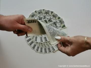 Hyde park - Jsou mikropůjčky a rychlé půjčky nebezpečné a drahé?