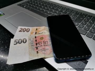 Česká spořitelna spouští jako první banka chatbota na přihlašovací stránce do internetového bankovnictví